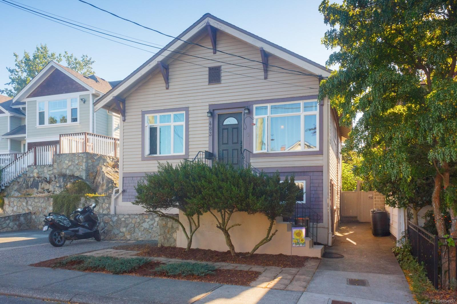 FEATURED LISTING: 483 Constance Ave
