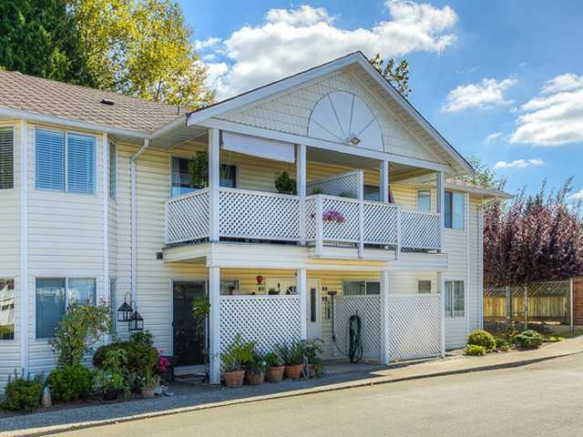 Main Photo: 31 20799 119TH Avenue in Maple Ridge: Southwest Maple Ridge Townhouse for sale : MLS®# V969814