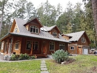 Main Photo: 9912 Spalding Road in Pender Island: Residential for sale