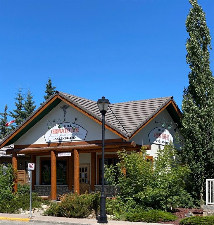 FEATURED LISTING: 512 1 Street West Cochrane