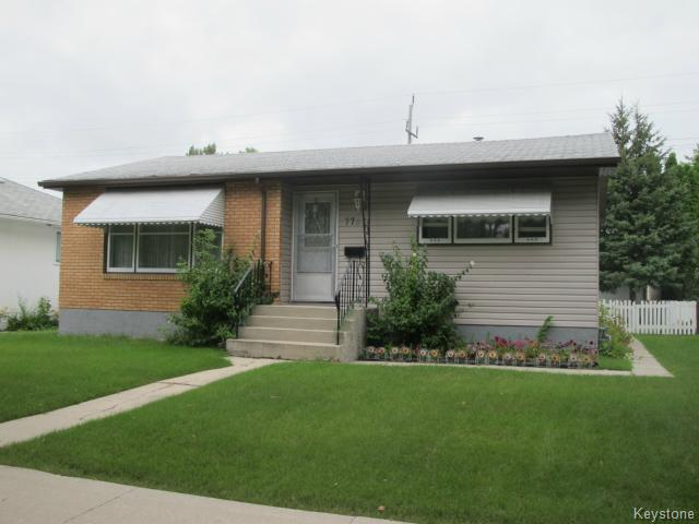 Main Photo:  in WINNIPEG: East Kildonan Residential for sale (North East Winnipeg)  : MLS® # 1421400