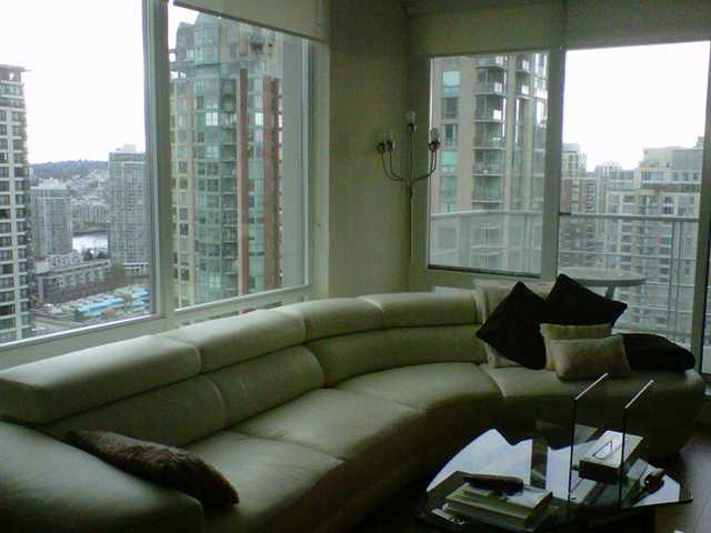 "Main Photo: # 2105 535 SMITHE ST in Vancouver: Downtown VW Condo for sale in ""DOLCE"" (Vancouver West)  : MLS® # V999716"