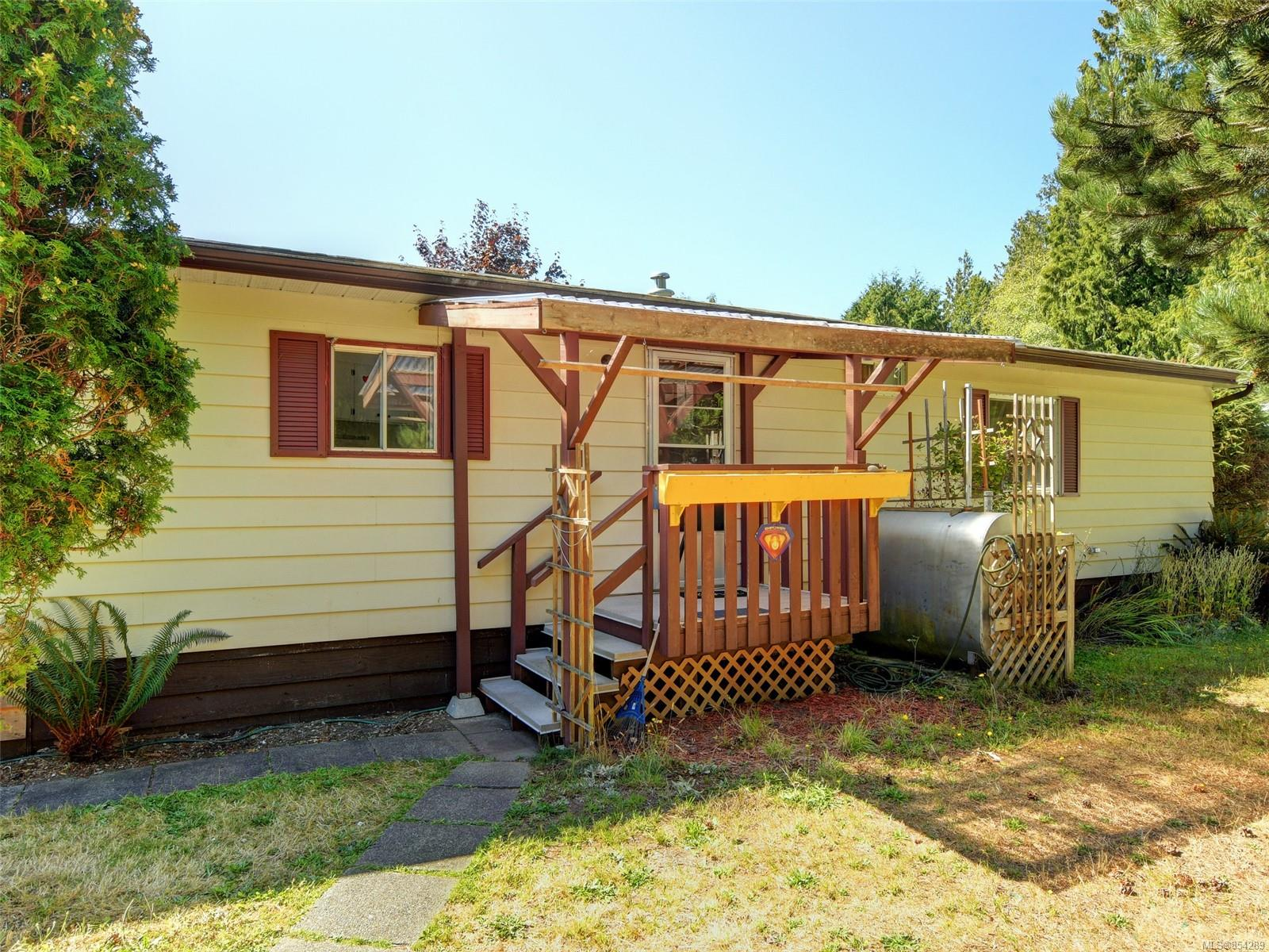 FEATURED LISTING: 19 - 2357 Sooke River Rd