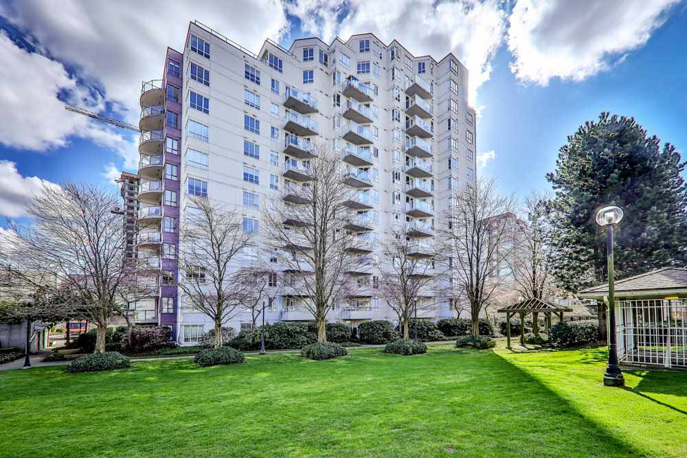 FEATURED LISTING: 806 3455 ASCOT Place Vancouver