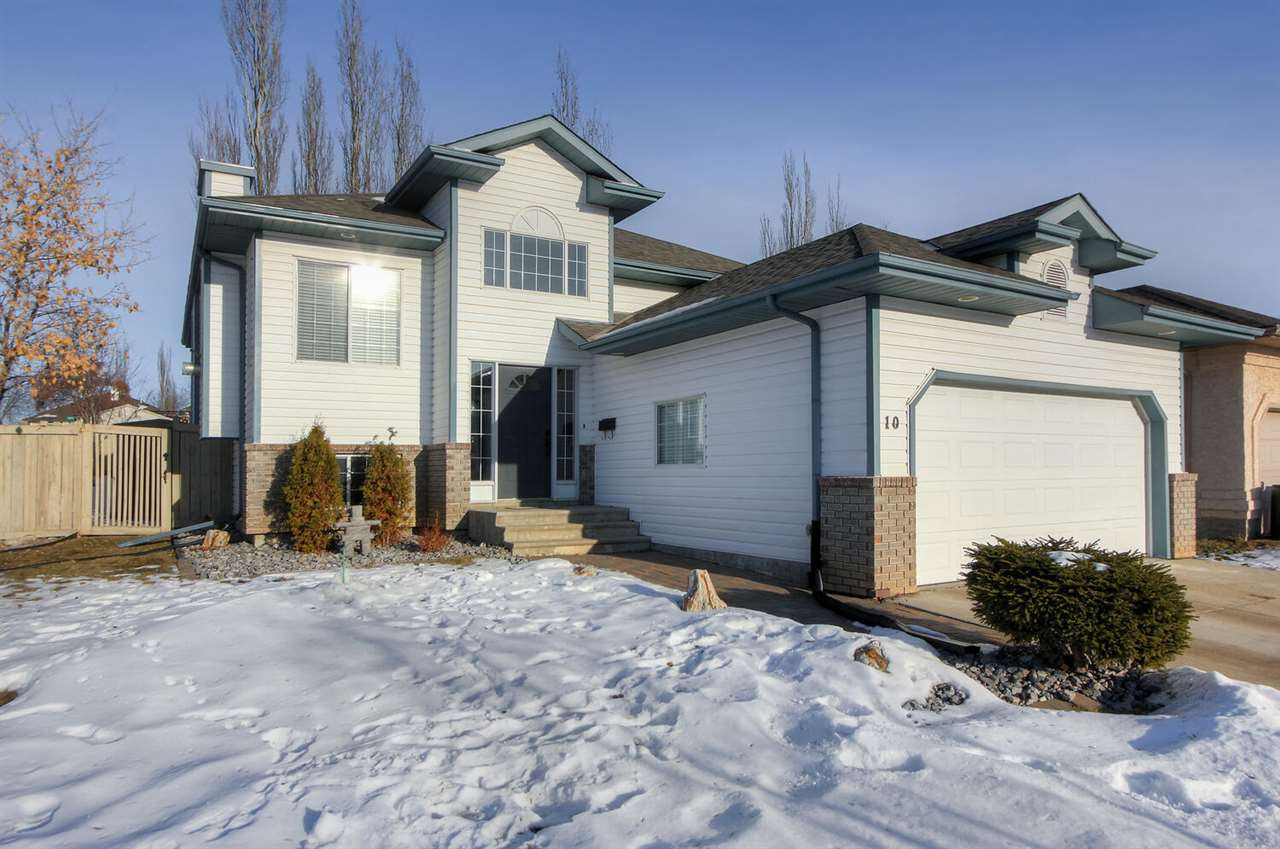 FEATURED LISTING: 10 ELM Point St. Albert