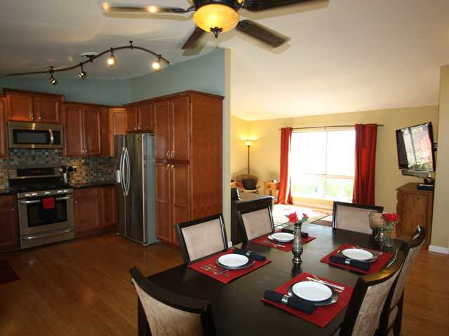 Main Photo: OCEANSIDE House for sale : 3 bedrooms : 4178 Galbar Place