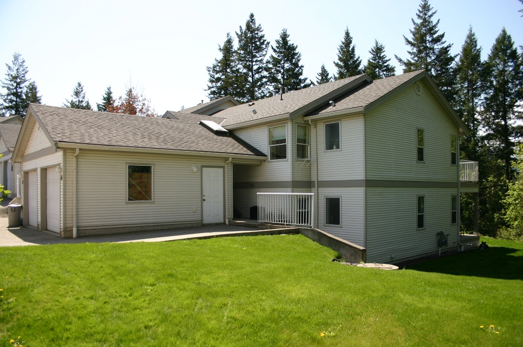 Main Photo: 18 171 Southeast 17 Street in Salmon Arm: Bayview Estates House for sale (SE Salmon Arm)  : MLS® # 10081639