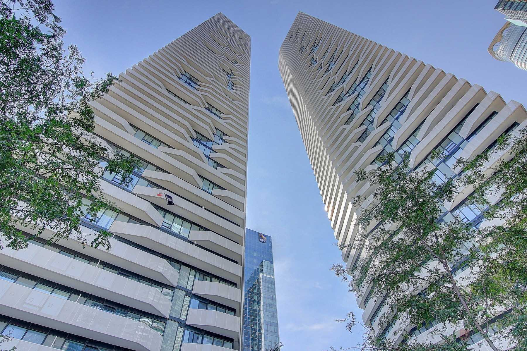 FEATURED LISTING: 1401 - 100 Harbour Street Toronto