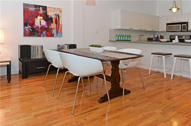 Photo 8: 80 Sherbourne St Unit #303 in Toronto: Moss Park Condo for sale (Toronto C08)  : MLS® # C3377594