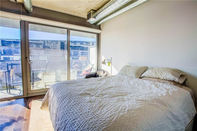 Photo 8: 32 Trolley Cres Unit #609 in Toronto: Waterfront Communities C8 Condo for sale (Toronto C08)  : MLS® # C3684702