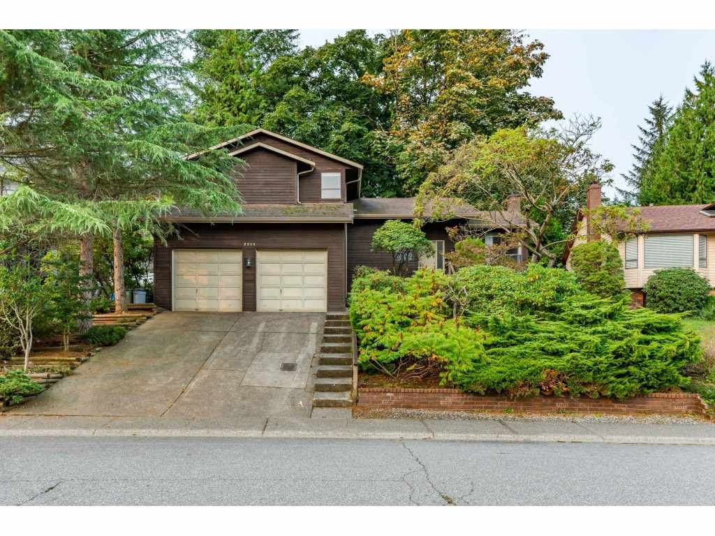 FEATURED LISTING: 2359 WOODSTOCK Drive Abbotsford