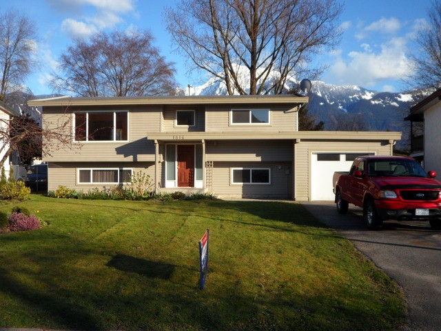 Main Photo: 1816 BEAMAN DR: Agassiz House for sale : MLS®# H1401179