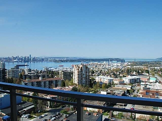 Main Photo: 1504 111 E 13th Street in North Vancouver: Condo for sale : MLS® # V1058504