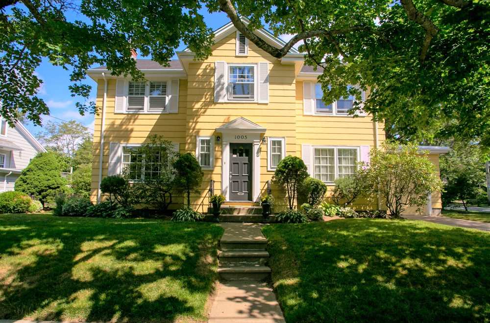 FEATURED LISTING: 1005 Beaufort Avenue Halifax