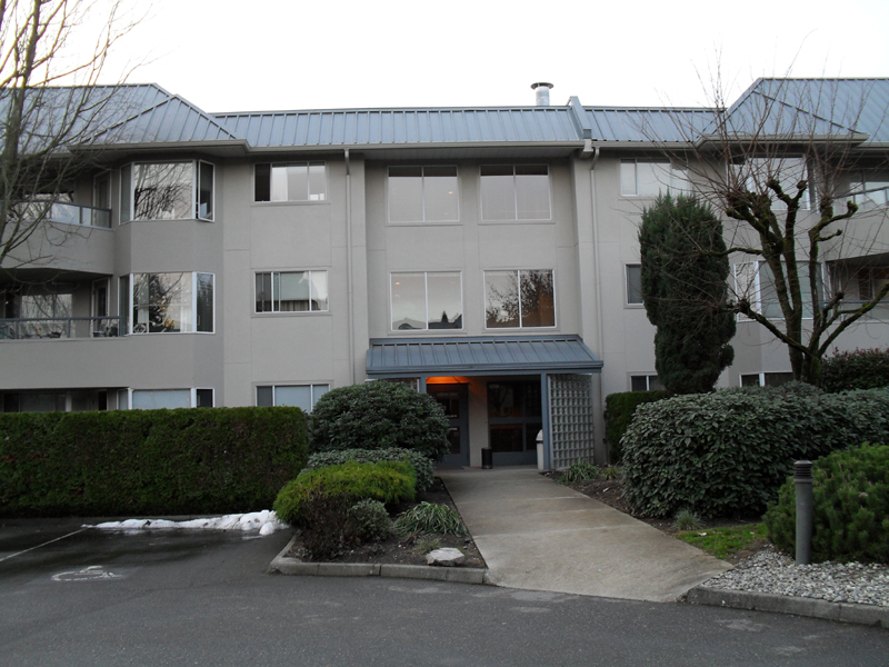 Main Photo: 228 2700 McCallum Road in Abbotsford: Downtown Abbotsford Condo for rent