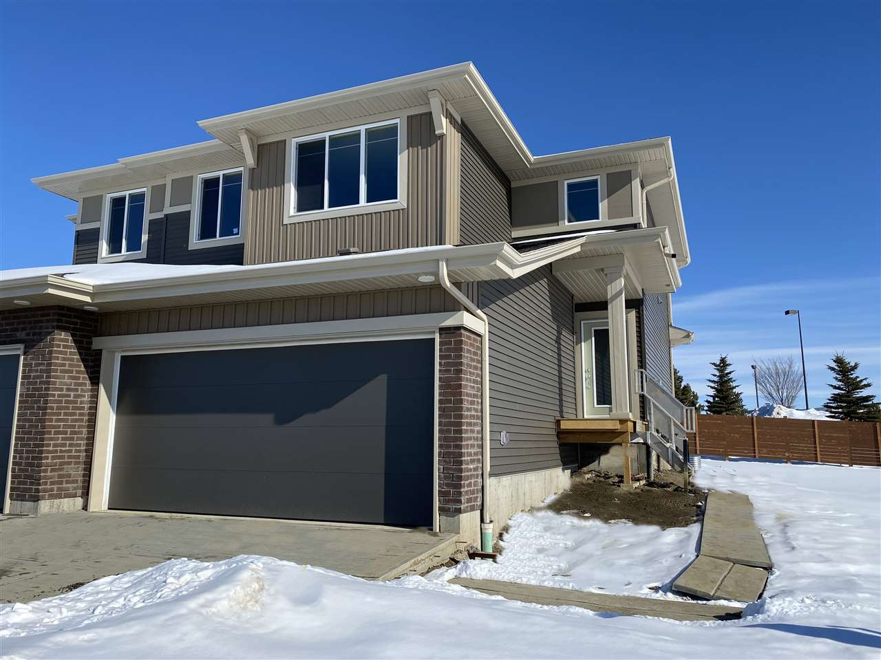 FEATURED LISTING: 74 JUNEAU Way Northwest St. Albert