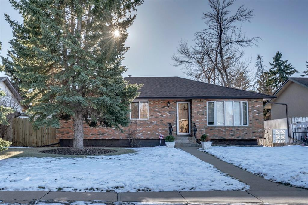 FEATURED LISTING: 4615 Fordham Crescent Southeast Calgary