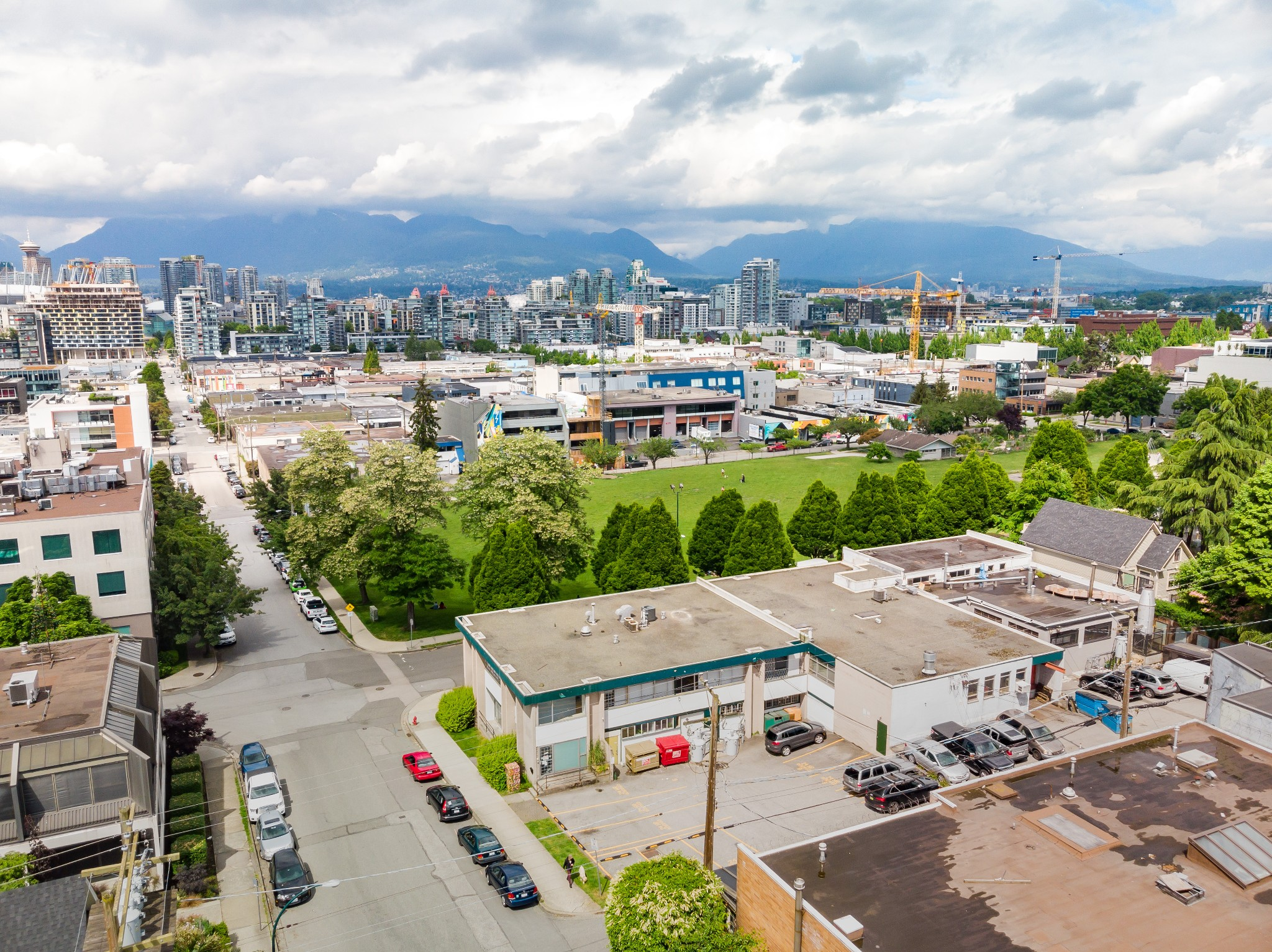 FEATURED LISTING: 2410 Columbia Street Vancouver