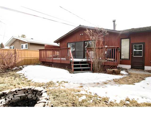 Photo 14: 2848 63 Avenue SW in CALGARY: Lakeview Residential Detached Single Family for sale (Calgary)  : MLS® # C3513102