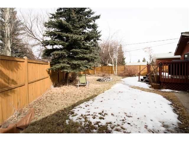 Photo 13: 2848 63 Avenue SW in CALGARY: Lakeview Residential Detached Single Family for sale (Calgary)  : MLS® # C3513102