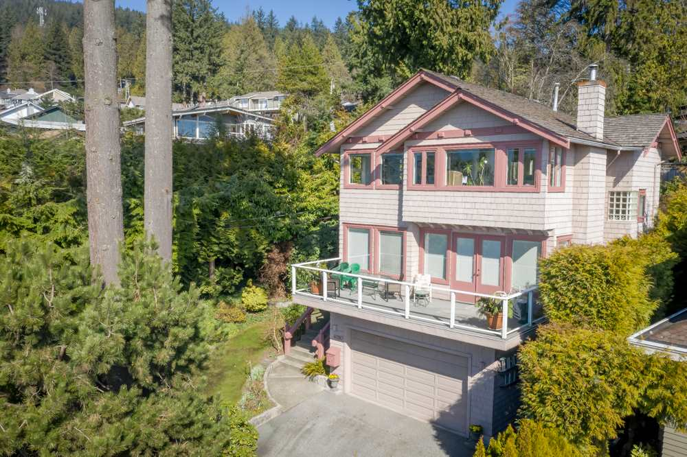 FEATURED LISTING: 4090 ST. PAULS Avenue North Vancouver