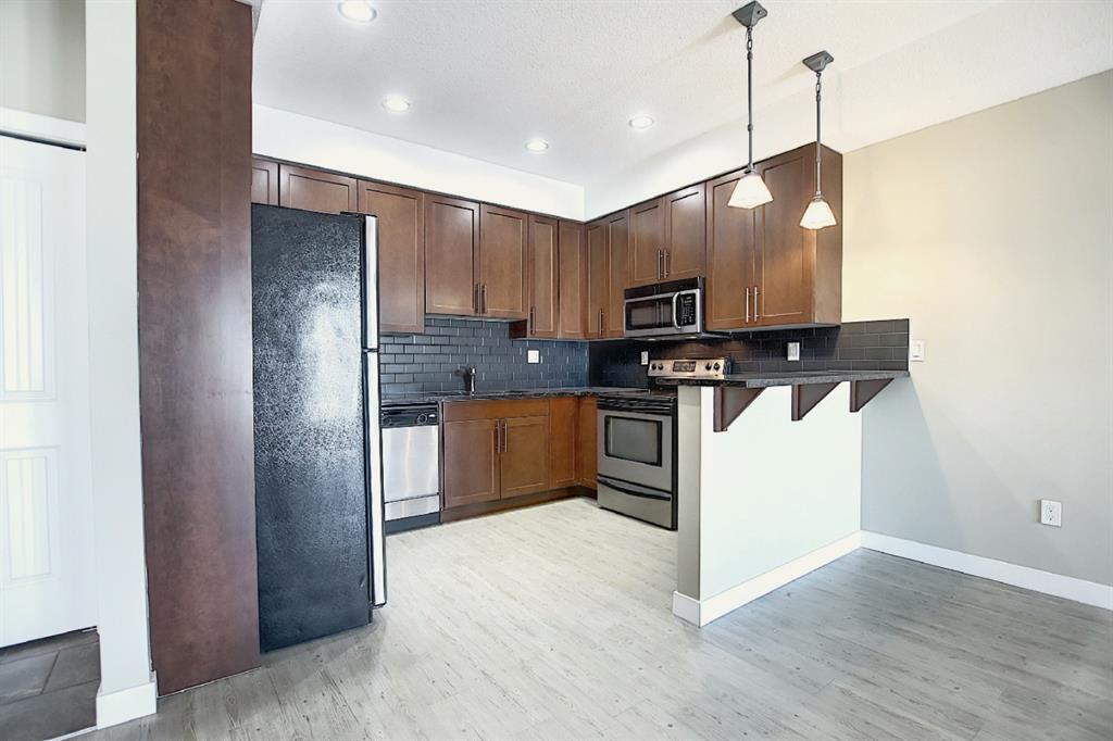 FEATURED LISTING: 312 - 1005B Westmount Drive Strathmore