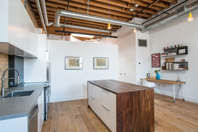 Photo 8: 27 Brock Ave Unit #209 in Toronto: Roncesvalles Condo for sale (Toronto W01)  : MLS® # W3722711
