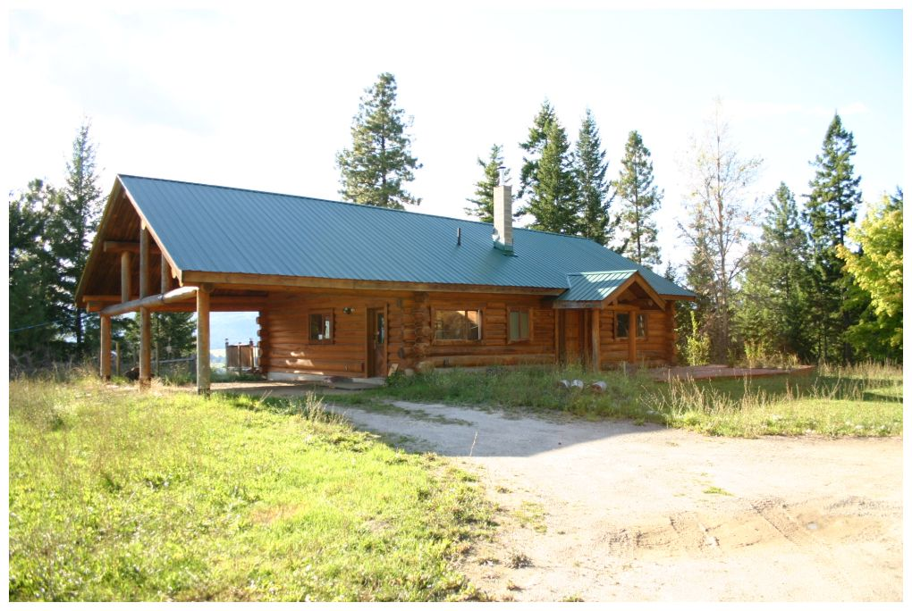Main Photo: 3372 Roberge Place: Tappen House for sale (Tappen-Sunnybrae)  : MLS® # 10088168