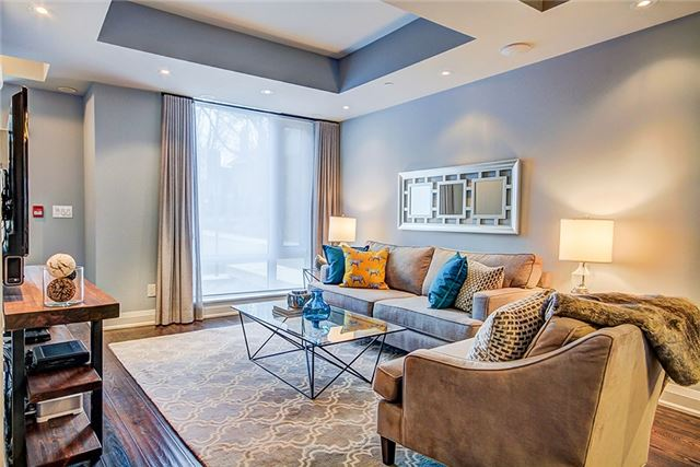 Photo 2: 209 Duplex Ave Unit #114 in Toronto: Yonge-Eglinton Condo for sale (Toronto C03)  : MLS® # C3686638