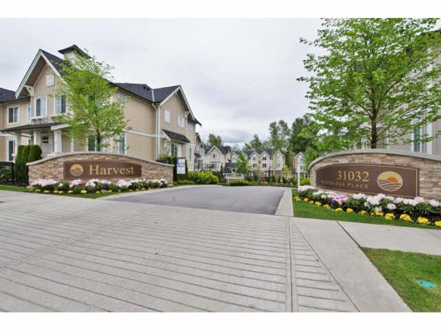 Main Photo: 38 31032 WESTRIDGE PLACE in Abbotsford: Abbotsford West Townhouse for sale : MLS®# R2038757