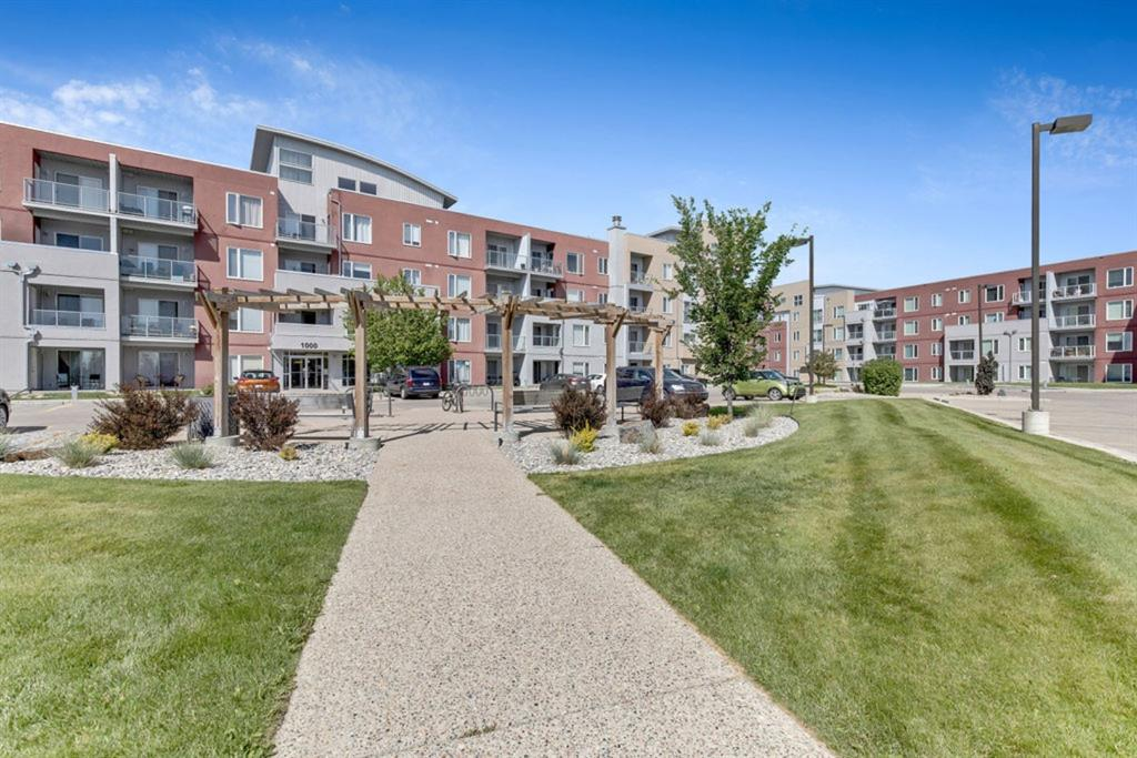FEATURED LISTING: 1218 - 604 East Lake Boulevard Northeast Airdrie