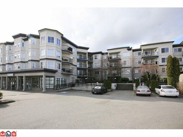 FEATURED LISTING: 401 - 5759 GLOVER Road Langley