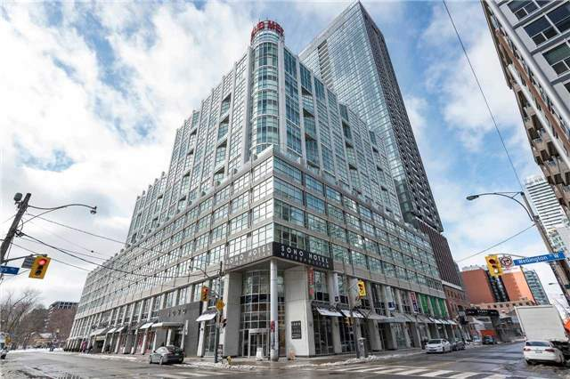 Main Photo: 36 Blue Jays Way Unit #924 in Toronto: Waterfront Communities C1 Condo for sale (Toronto C01)  : MLS® # C3706205