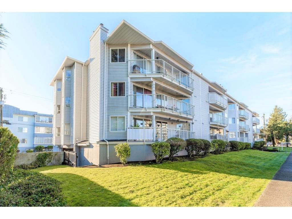 FEATURED LISTING: 102 - 22222 119 Avenue Maple Ridge