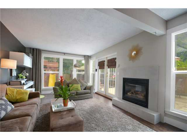 "Main Photo: 970 BIRCHBROOK Place in Coquitlam: Meadow Brook House for sale in ""MEADOWBROOK"" : MLS® # V954176"