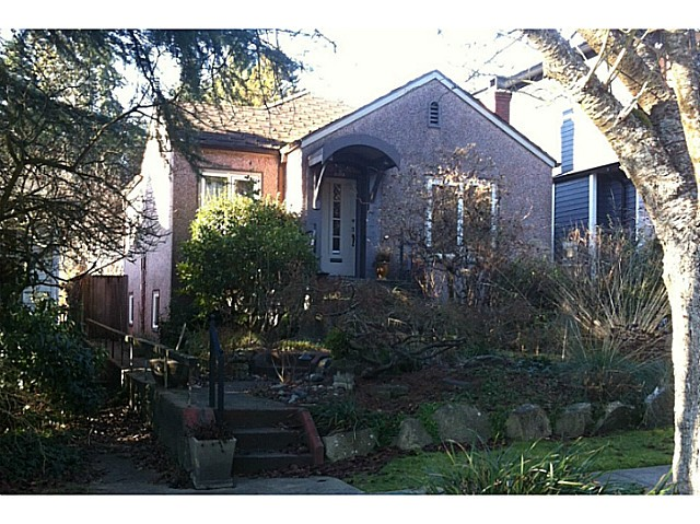 Main Photo: 5919 Holland Street in Vancouver: Southlands House for sale (Vancouver West)  : MLS® # V1039460