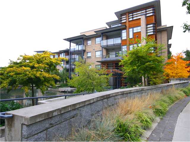 "Main Photo: 306 5955 IONA Drive in Vancouver: University VW Condo for sale in ""FOLIO"" (Vancouver West)  : MLS® # V1002898"
