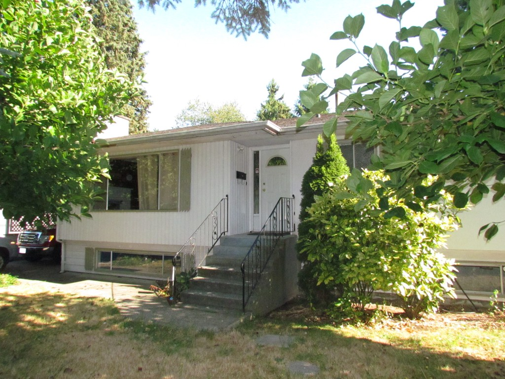 Main Photo: 33342 Marshall Road in Abbotsford: Central Abbotsford House for rent