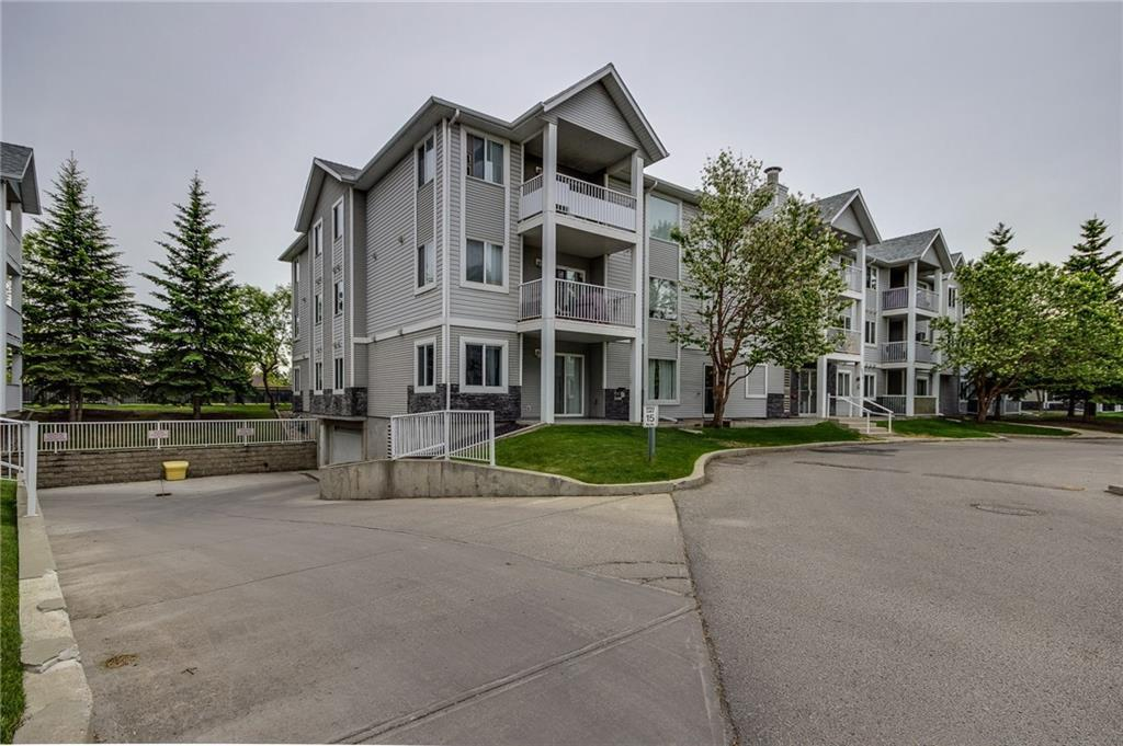 FEATURED LISTING: 2101 VALLEYVIEW Park Southeast Calgary