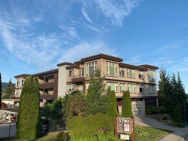 FEATURED LISTING: 10 - 5780 TRAIL Avenue Sechelt