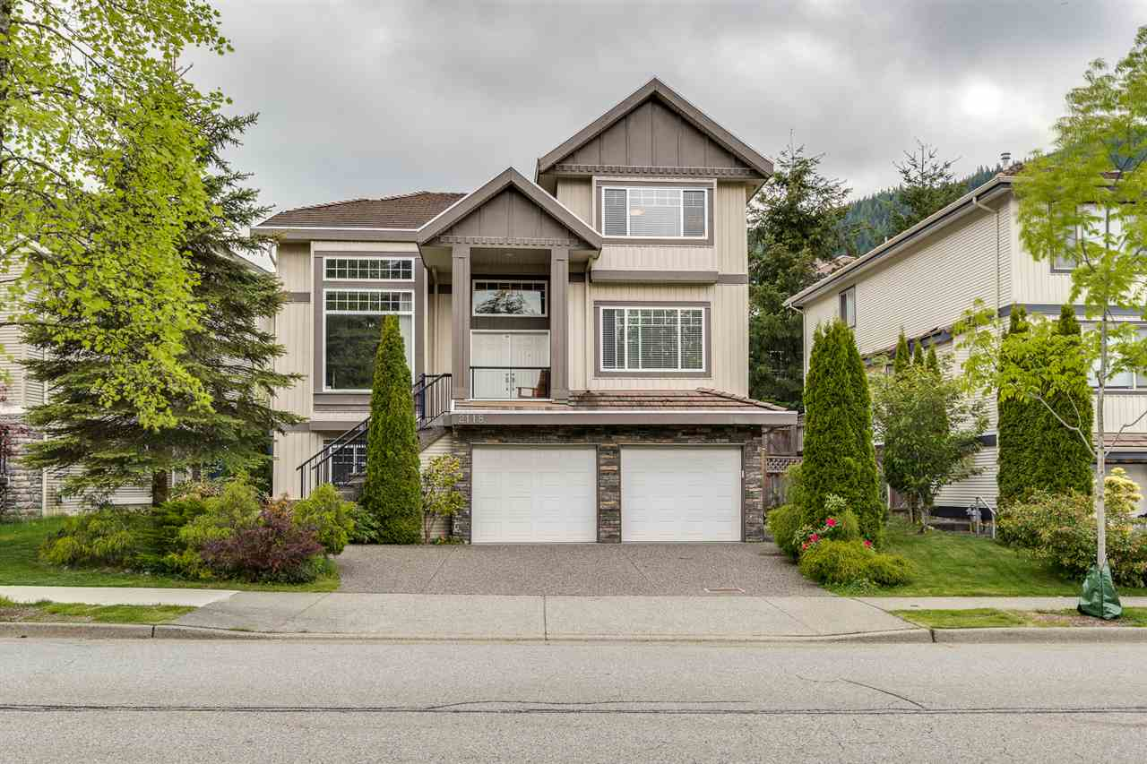 FEATURED LISTING: 2118 PARKWAY Boulevard Coquitlam
