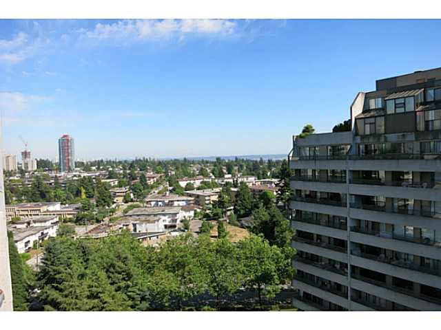 FEATURED LISTING: 1507 4134 MAYWOOD Street Burnaby