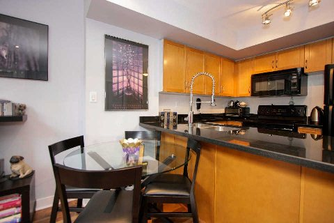 Photo 4: 21 Earl St Unit #102 in Toronto: North St. James Town Condo for sale (Toronto C08)  : MLS® # C2924291