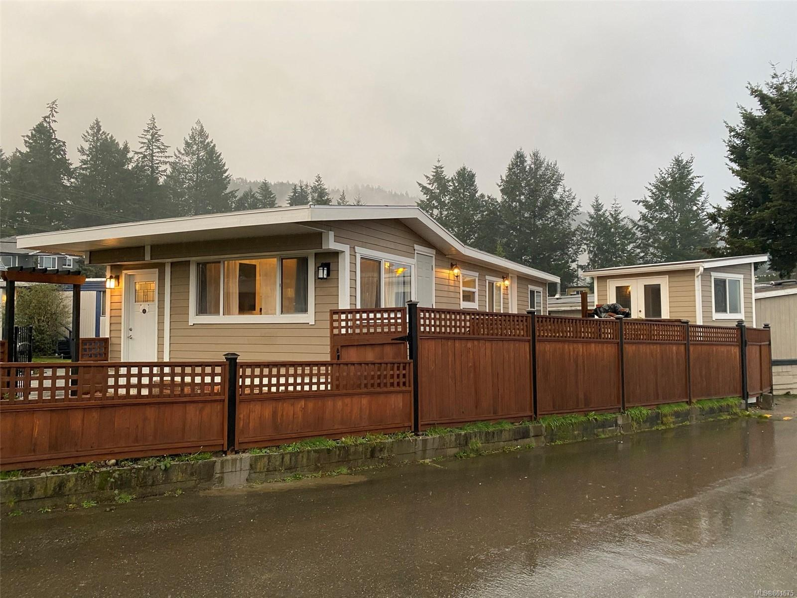 FEATURED LISTING: 19 - 2847 Sooke Lake Rd
