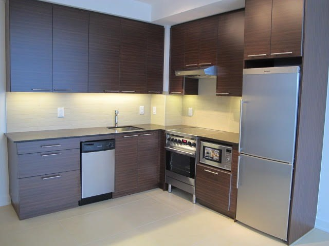 Photo 2: 1 Market St Unit #1205 in Toronto: Waterfront Communities C8 Condo for sale (Toronto C08)  : MLS® # C3707753