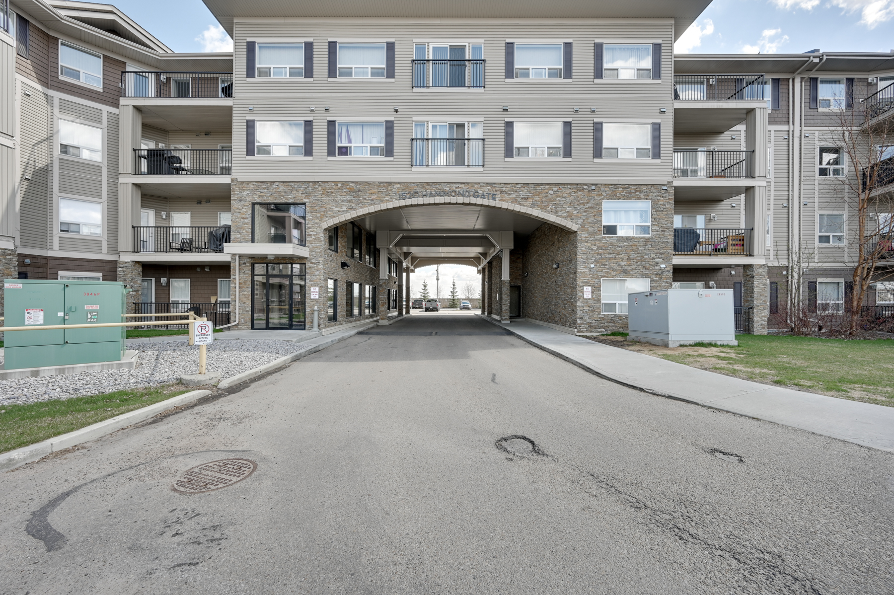 FEATURED LISTING: 240 - 1520 Hammond Gate Northwest Edmonton