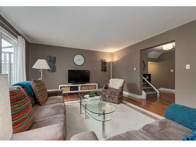 Photo 10: 702 3130 66 Avenue SW in CALGARY: Lakeview Townhouse for sale (Calgary)  : MLS® # C3554805
