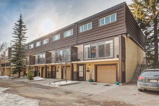 Main Photo: 702 3130 66 Avenue SW in CALGARY: Lakeview Townhouse for sale (Calgary)  : MLS® # C3554805