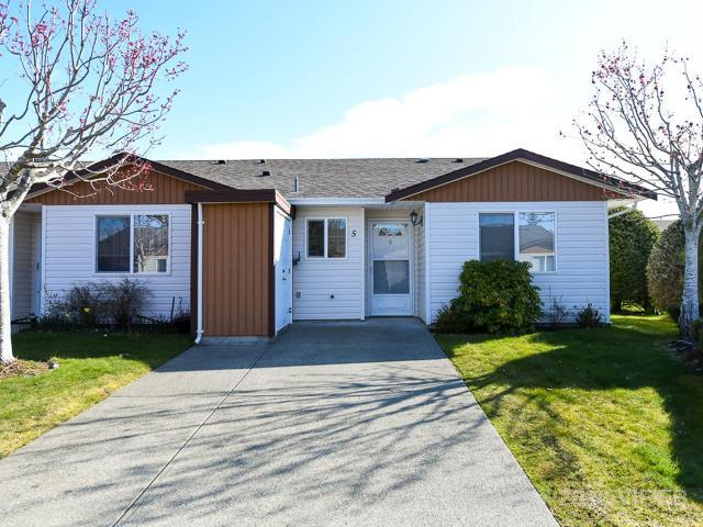 FEATURED LISTING: 5 - 2197 MURRELET DRIVE COMOX