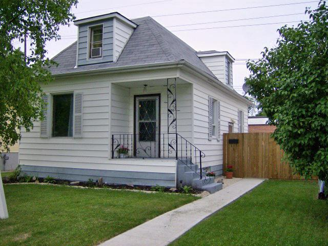 FEATURED LISTING: 269 Polson Avenue WINNIPEG